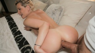 MILFS Perfect Body Subil Arch Fucked for Cash