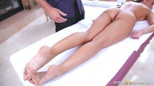 Rachel Blows Off Some Steam sex massage Rachel Starr Sean Lawless Brazzers