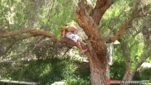 Katrina In Public Sex on the tree Katrina Jade Keiran Lee