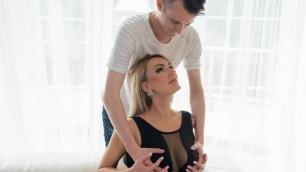 Momxxx -  Elen Million Masturbation With Boobs Seduced The Young Guy
