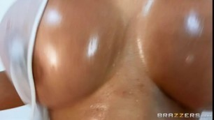 Daywithapornstar Brazzers Luna Star Lunas Oiled Up Exercises Pornpucs