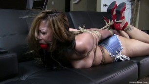 Cum In Wife Pussy Asiana Starr Topless And Hogtied In Jean Cut Offs