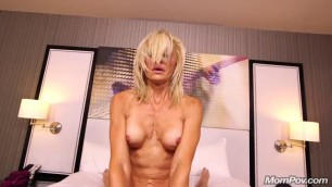 Mompov Fit Blonde Cougar Milf Porn Newb Girls Sucking And Fucking Dick