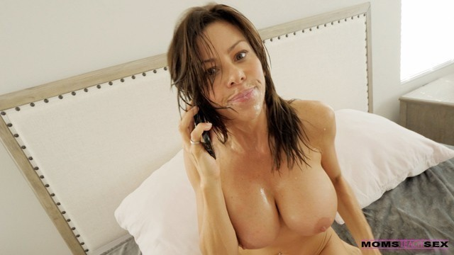 MomsTeachSex - Caught Spying on his Step Moms Big Boobs S10:E5