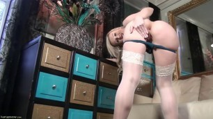 Evey Kristal blonde in stockings reveals her body Solo 8