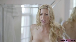 Alexis Fawx Lily Rader having sex Double Dip MomsTeachSex