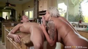 Sexual Mom Swims Xander Corvus Nina Elle massage and nature
