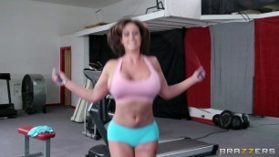 Incredible Brunette Eva Notty Fucked In Gym