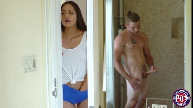 Karissa Kane enjoys banging a bigcock