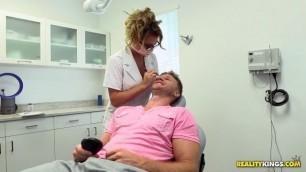 Milf Hunter Corinna Blake Sweet tooth doctor fucks patient HD