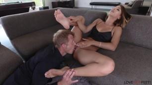 Сharming Girl Uma Jolie foot fetish sex