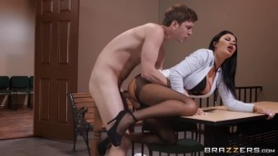 Ariella Ferrera young brunette creampie - Take A Seat On My Dick 2