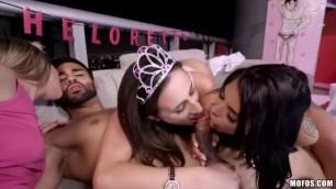 Hot Womеn Ashley Adams, Gina Valentina (Bachelorette Party Threesome)