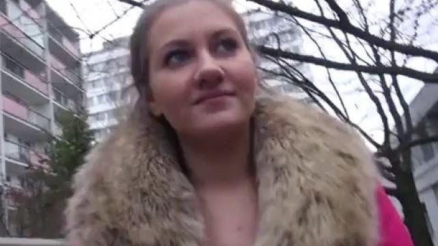 Agent sex public Public Agent