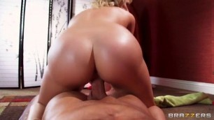 Mia Malkova Seek and You Shall Fuck queen porn