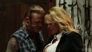 VENDETTA, STORMY DANIELS TAKES A COCK IN HER ASS Sexual Girls