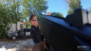 BangScrewTheCops Nice Girl Kenzie Madison Witnesses A Cop Altercation And Makes The Cop To Fuck Her